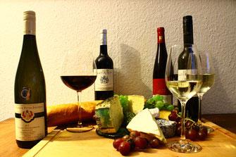 Wein und Käse Verköstigung