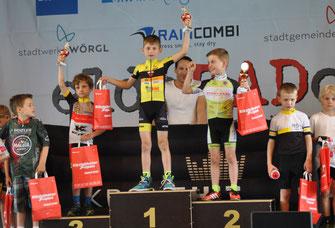 Niklas Kuznik gewinnt das U9 Rennen