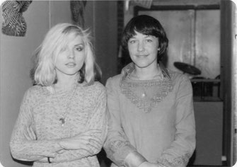 v. li.: Debbie Harry (BLONDIE), Bettie Ringma