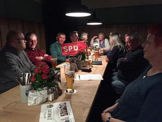 Beim SPD-Stammtisch - Foto: SPD