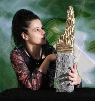 Skulptur auf Granit natur