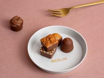 Berlinsouvenir, Teller, Porzellan, Gold, handgemacht