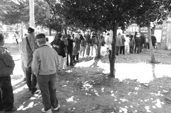 沖日労の越年闘争の炊き出しには、多くの労働者が結集した(与儀公園)
