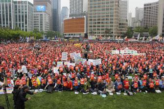 メーデーを闘う韓国労働者(5月1日、ソウル)