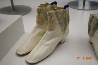 Victorian era shoes, Otago Museum Dunedin, New Zealand. picture taken by Nina Möller