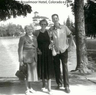 Frieda Weiler (66), Margot Fulda-Weiler (42) und Steven Fulda (14)