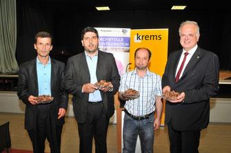 Bürgermeister Dr. Reinhard Resch mit den Vertretern der albanischen, bosnischen und türkischen Glaubensgemeinschaften. (v.l.n.r: Fejzula Ali,  Abdulraman Sali, Kemal Yaya und Bürgermeister Dr. Reinhard Resch). © Stadt Krems