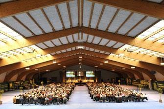 Die Aktionärsversammlung der Spar- und Leihkasse Münsingen wird auch nächstes Jahr in der Tennishalle Münsingen stattfinden und nicht – wie geplant – in der Ilfishalle in Langnau. Die Aktionäre wollen diese Tradition nicht brechen.