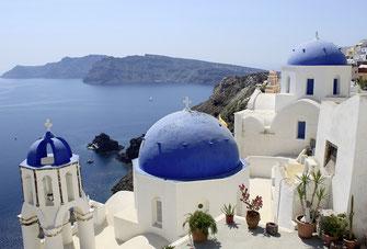 Santorini zählte im vergangenen Jahr doppelt so viele Touristen wie im Vorjahr; trotzdem sanken die Einnahmen aus der Mehrwertsteuer um 20 bis 30 Prozent