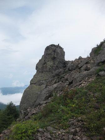 モアイ像と名付けられた岩