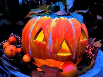 Halloween und Samhain. Kürbislaterne