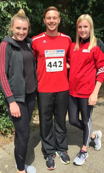 Starkes Trio: (von links) Julia Götting, Jens-Philipp Engelmann und Marie Götting überzeugten bei den Landesmeisterschaften in Papenburg. Foto: SV Molbergen
