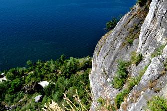 Rocca di Caldè, Castelvaccana, 371 Meter