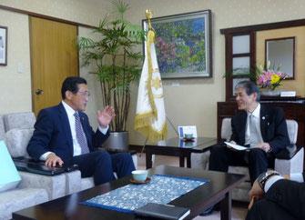 2015年10月、菅谷市長にお会いする機会に恵まれました