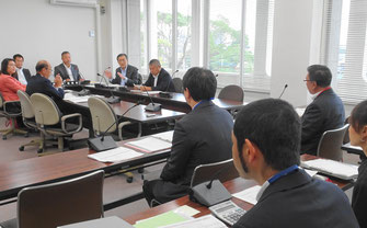 市民建産委員会での所管事務調査(10月31日)
