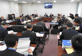 予算審査特別委員会