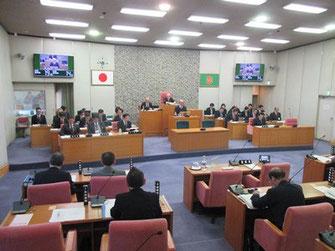 施政方針に対する会派代表等による質疑(3月3日)