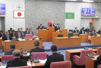 臨時会で中村隆象市長が議案の提案