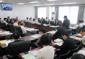 決算特別委で横田副市長が挨拶