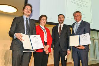v.l.n.r. Prof. Dr.med. Cyrill Géraud (Förderpreisträger), Prof. Dr.med. Leena Bruckner-Tuderman, Dr.med. Andreas Jäckel, Prof. Dr.med. Marcus Maurer (Hauptpreisträger) (Foto: Tina Merkau für die DDG)