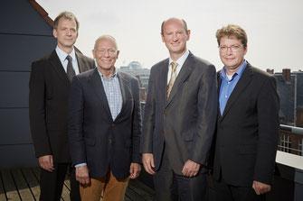 Das Expertenteam: (v.l.n.r.): Prof. Dr. med. Cord Sunderkötter, Prof. Dr. med. Harald Gollnick, Prof. Dr. med. Stefan Beissert, Prof. Dr. med. Jan Buer (Foto: Galderma Deutschland)