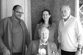 Meeting Verlag Heilbronn 2014: (v.l.n.r.) Josef Ries, Uta Maria Baur, Wolfgang Stiegler, Ameen Carp (sitzend)