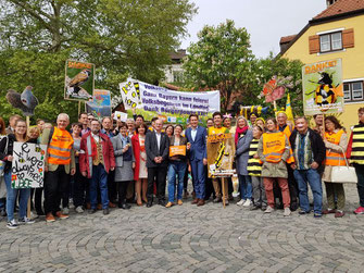 Volksbegehren im Landtag (Foto: Uschi Umlauf)