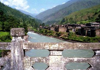 Freundschafts-Brücke zwischen Kodari und Zhangmu