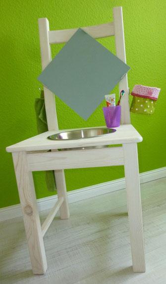 kinderwaschtisch aus einem holzstuhl frau k ferin n ht. Black Bedroom Furniture Sets. Home Design Ideas