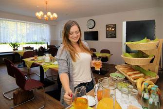 Frühstücks-Buffet jeden Morgen ab 6.30 h