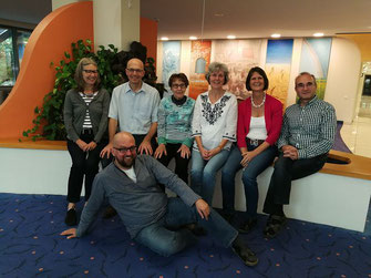 Von links: Elke, Andreas, Luitgard, Irene, Petra, Wolfgang, vorne: Jens