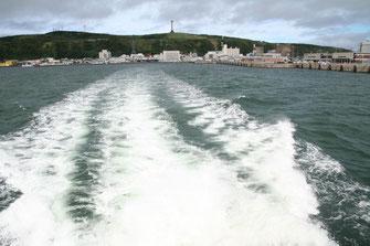 稚内市とペンギン33号航跡 双胴船でかなり速い。