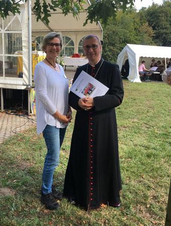 Erzbischof Hesse Hamburg Kinderhilfswerk Schulen Eine Welt Initative