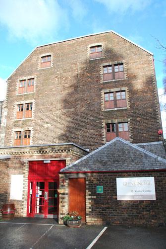Der Eingang der Glenkinchie Whisky Brennerei