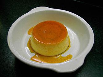 Pudding auf Schale