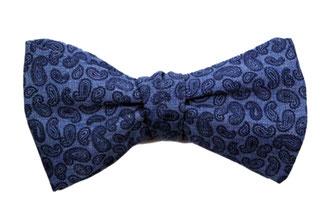 Fliege zum binden in blau - blauem Paisleymuster - Schleife zum selbstbinden