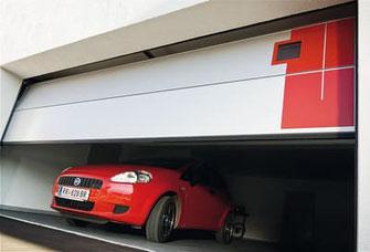 Moderne Garagensektionaltore - © Normstahl