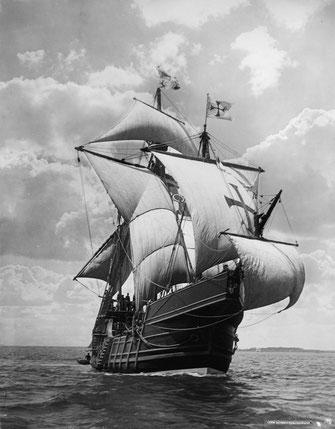 """Una caracca. 14 di esse e 6 caravelle accompagnarono Francisco de Almeida, conosciuto anche come """"il Grande Don Francisco"""", nel suo viaggio verso oriente."""