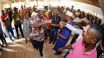 Raila Odinga a Kikambala (Kilifi) dove ha presieduto all'assemblea sull'autodeterminazione della costa