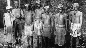 Schiavi aficani in catene
