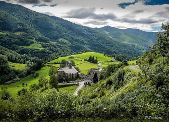 dans le pays basque, kakuetta des gorges uniques
