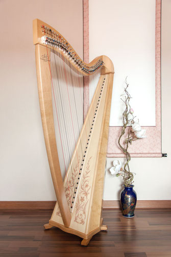 Buy A Harp >> Celtic Harp Carolin Nobles