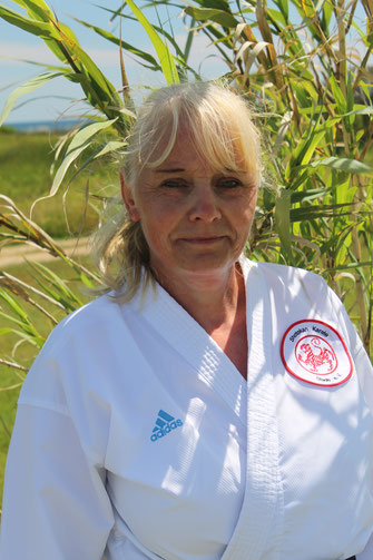 Portrait von Friederike Zeifang, Karate-Trainerin beim Shotokan Karate Stade e. V.