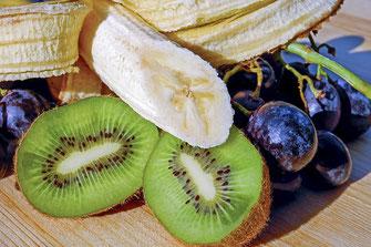 果物はおならにとっても大切です。鍼灸はカラダにとっても大切です。