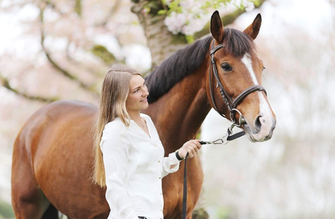 Alexandra Hameetman Alexandra- Animal Assisted Coaching
