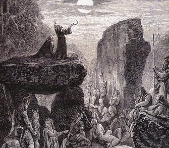 Mondzyklen -Dr Mond war für die Druiden von größter Bedeutung