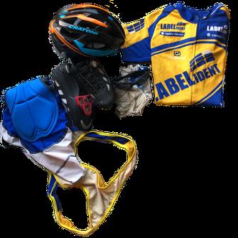 Anfaengerausruestung für das Rennrad - Labelident Trikot Cycling Team Schweinfurt