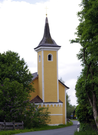 Renovierte St. Rupertus-Kirche in Bruck