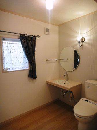 トイレ カーテン 鏡