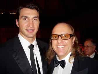 Klitschko, Sven Kruse (v.l.)
